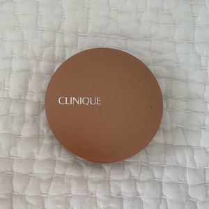 Clinique pressed powder bronzer